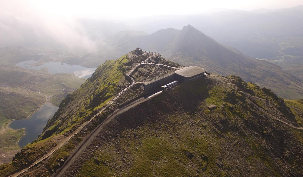 Snowdonia Railway to the Summit